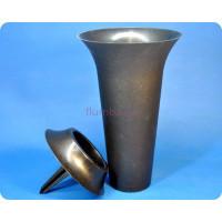 Ваза для цветов пластиковая с колышком черная м5143